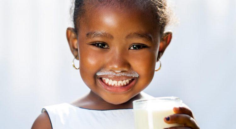 intolerancia-a-lactose-quais-os-sintomas-e-como-lidar-entenda.jpeg